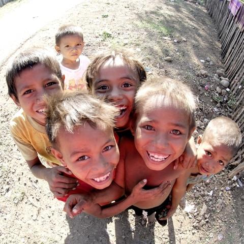 photo couleur portrait enfants indonésie